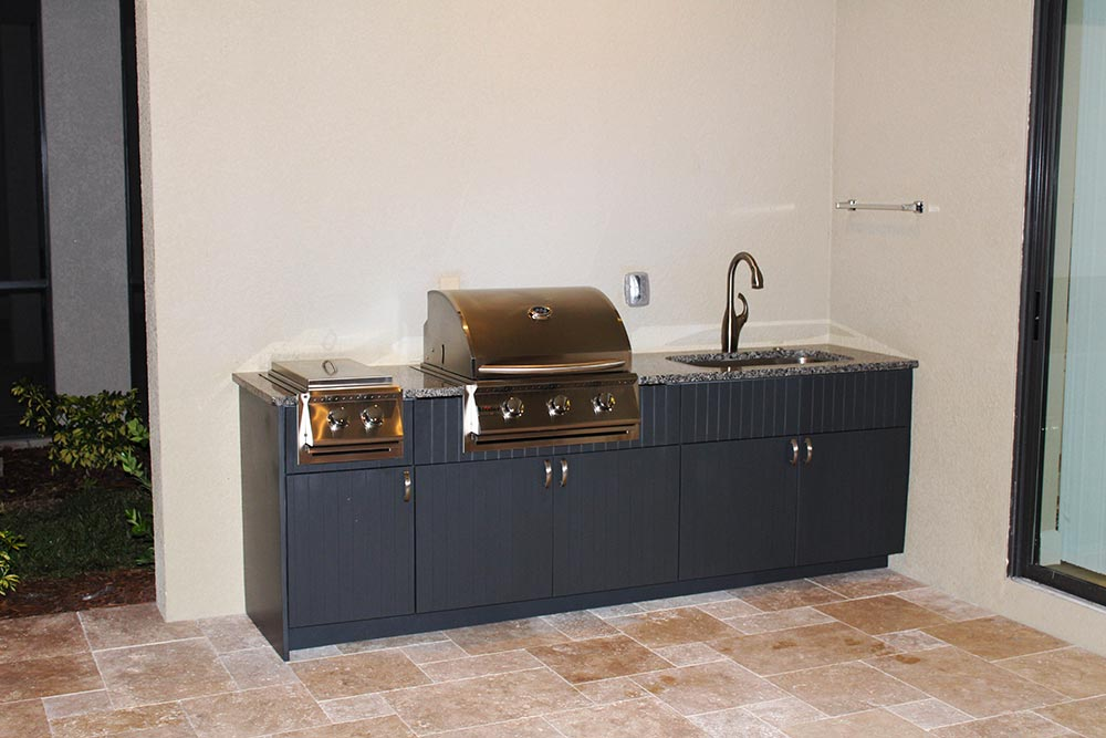 Outdoor Kitchen Construction - Tampa Florida - With Custom Cabinets and Countertops