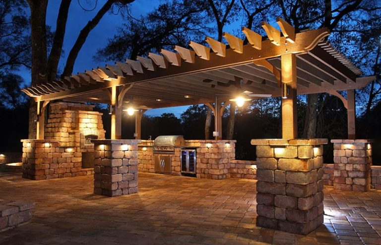 Outdoor Pergolas and Pavers Tampa Florida