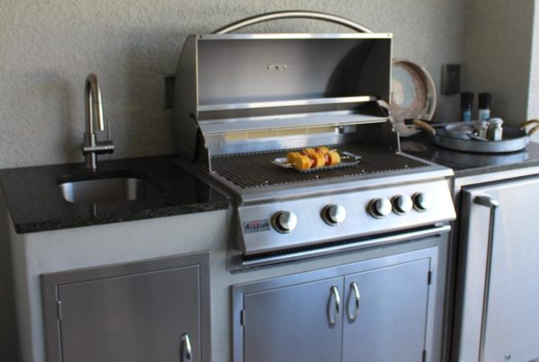 Outdoor Kitchen Remodeling Project Tampa Florida - Custom Cabinets and Grill