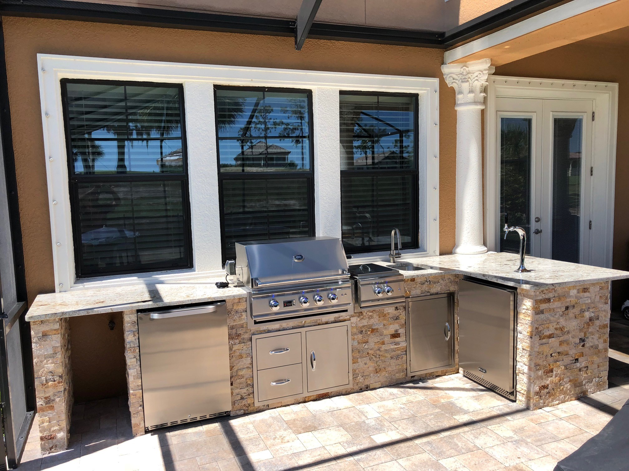 Luxury Outdoor Kitchen - Synergy Outdoor Living