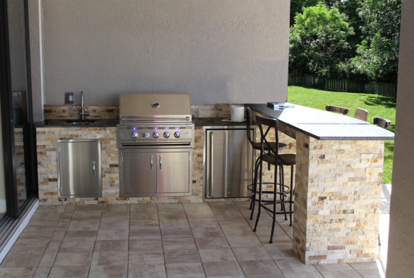 Outdoor Kitchen with Bar Stools