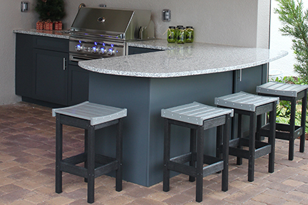 Outdoor Kitchen Bar seating with Luxury Grill