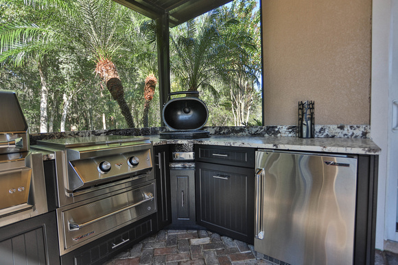 High Design Ideas for Outdoor Kitchens
