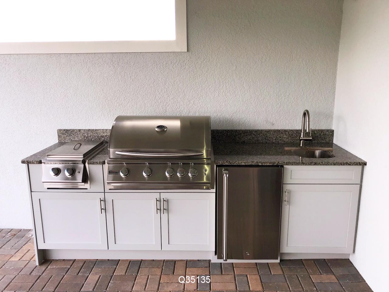 Splendor Outdoor Kitchen