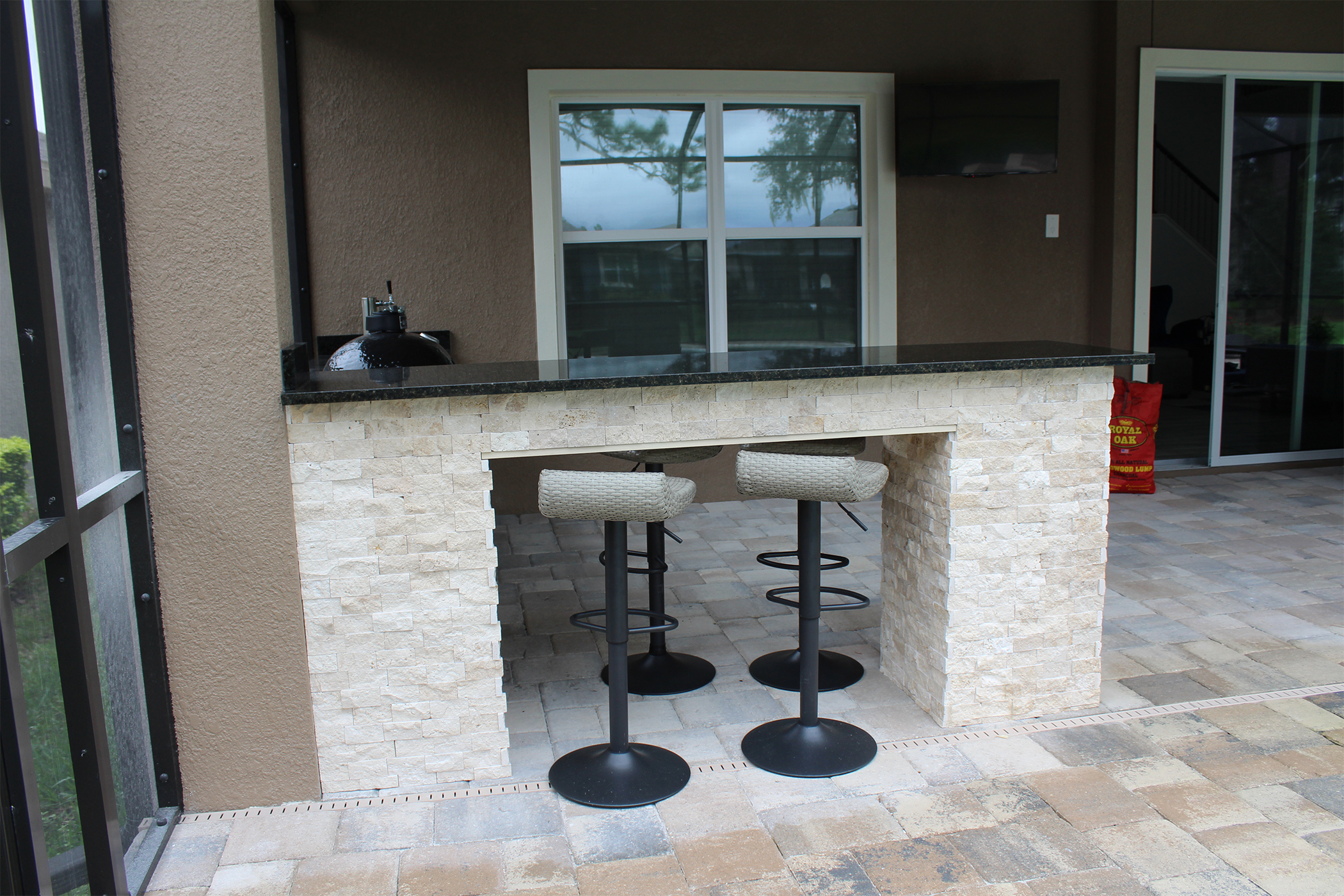 Bar Seating Outdoor Kitchen - Synergy Outdoor Living on Synergy Outdoor Living id=24808