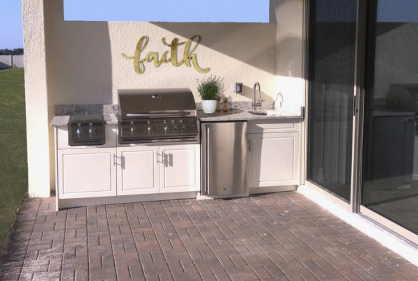 White Outdoor Kitchen Synergy Outdoor Living